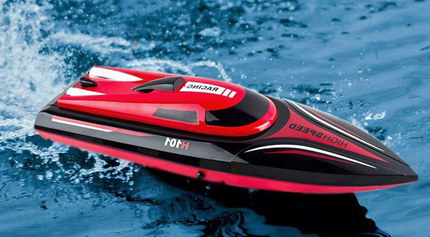 25 MPH Fast Black And Red RC Speed Boat In Pond