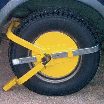 Caravan Wheel Clamp In Anti-Theft Yellow