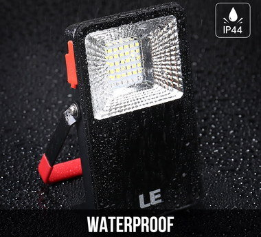 5V Rechargeable LED Floodlight With Metal Rear Stand