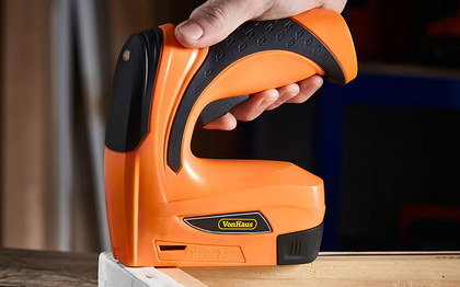 Battery Rechargeable Stapler In Black And Orange