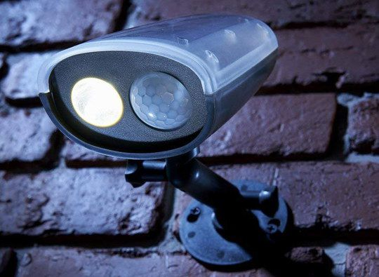 10 Best Solar Security Lights With Motion Sensor For Outdoors