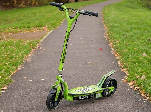 Kids Scooter With Black Wheel Guard