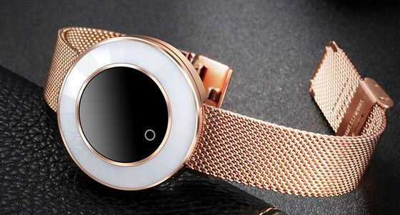 Ladies Smart Watch With Gold Strap