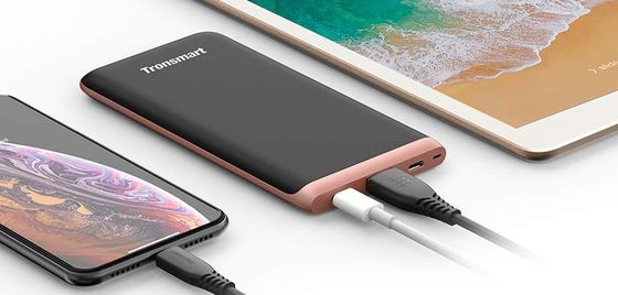 USB-C Slim Power Bank In Black And Red