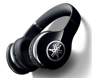 Over-Ear Style Headphones In Black With Alloy Earcups