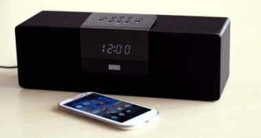 Bluetooth Speakers FM Radio In Black With Smart Phone