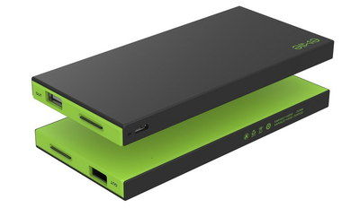 External Power Bank In Black And Green