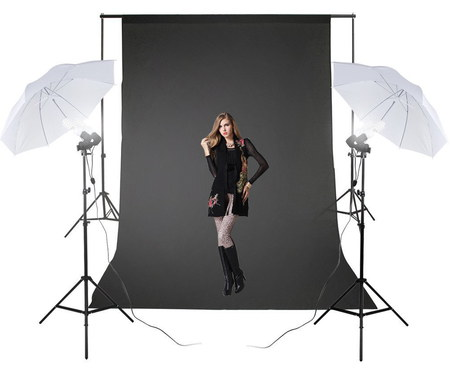 Excelvan 125W Portable Studio Lighting Kit With Female Model