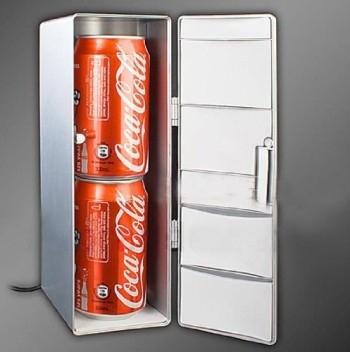 USB Powered Mini Fridge With Red Can Cola